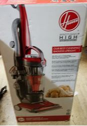 Picture of HOOVER VACUUM IN BOX MODEL #UH72600W